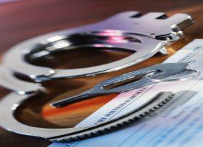 Empleados de policía en Port St. Lucie robaban material incautado