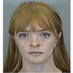 Maestra arrestada por tener relaciones con un estudiante